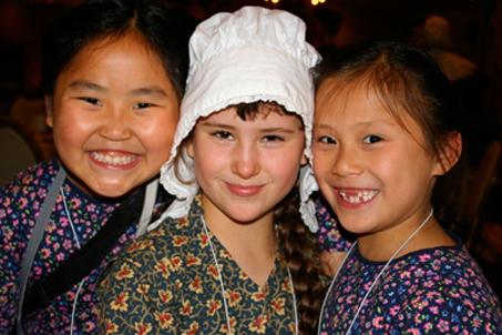 Three little pilgrims: Grace, Mary and Hannah