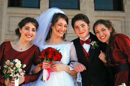 The Bride with siblings, Sarah, Thomas and Lindsay (L-R)