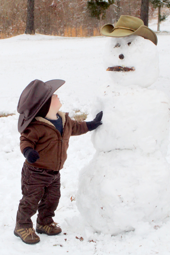 Calvin puts the finishing touches on the 2011 Turley family snowman